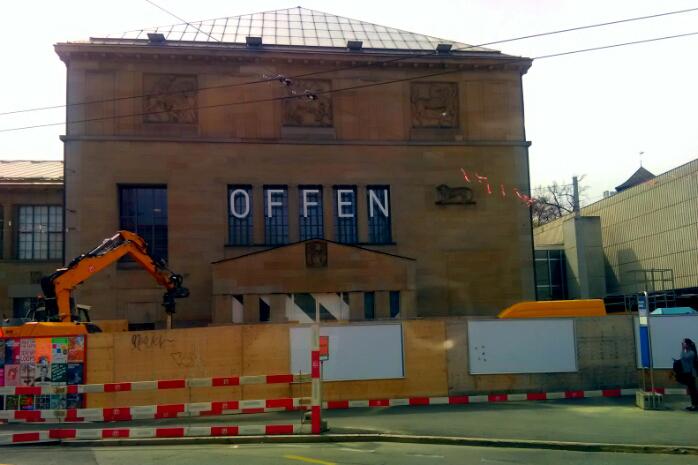 Ist das Kunsthaus nun auf, offen oder geöffnet?