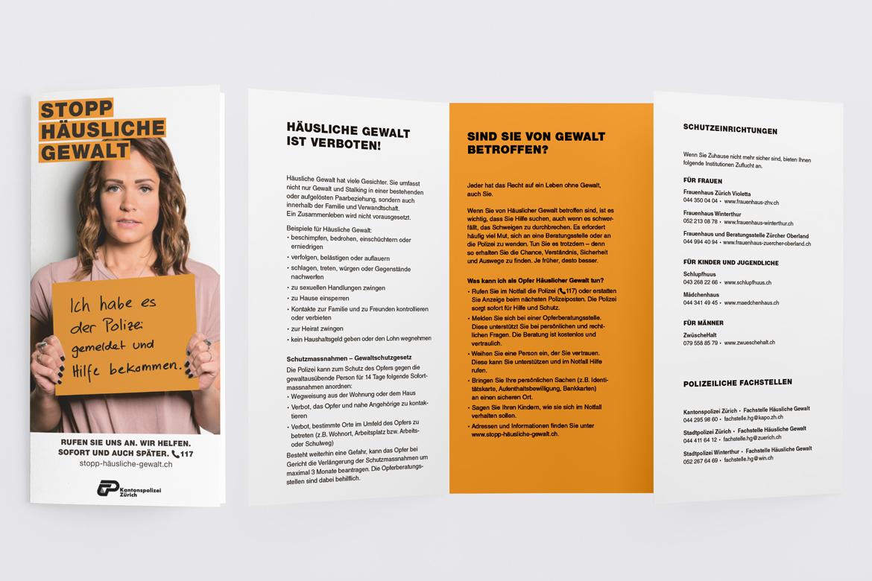 Flyer Print Klassische Werbung Corporate Communication Kommunikationsagentur Zürich