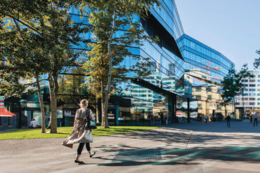 Geschäftsbericht Corporate Communication Reporting Konzeption Kreation Kommunikationsagentur Zürich Online